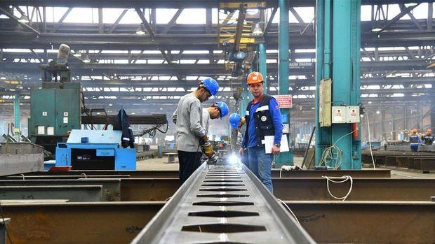 Sanayi üretimi Ağustos'ta beklentiyi aştı