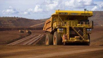 Maden devi demir üretim tahminini düşürdü