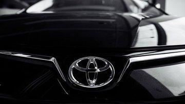 Toyota küresel oto üretimini Kasım'da düşürüyor