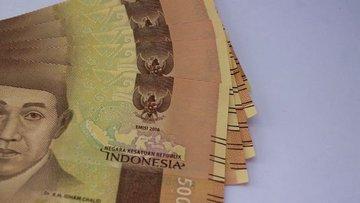 Endonezya faizi sabit tuttu