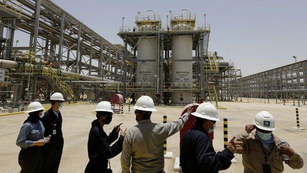 Suudi Bakan: Petrolde üretim artışı doğalgazı sınırlı etkiler